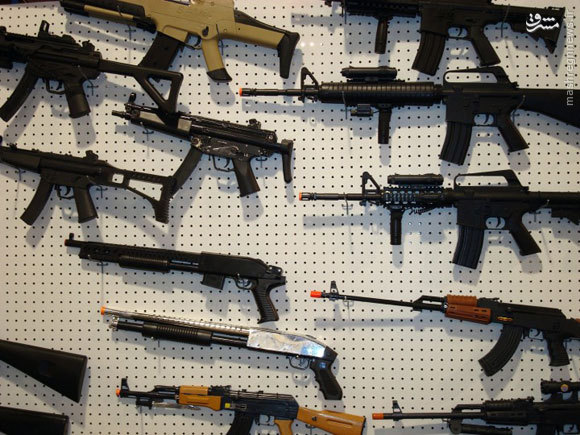 فروش اسلحههای اسباببازی باید ممنوع شود