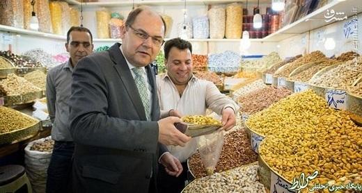 عکس/ وزیر آلمانی در بازار تهران