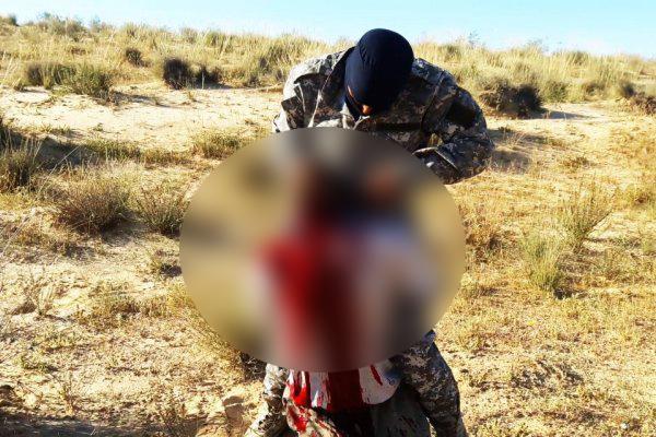 اعدام فجیع مرد مصری به دست داعش + عکس