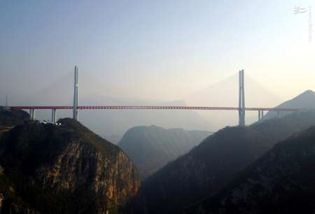 ساخت بزرگترین پل معلق جهان در چین +عکس