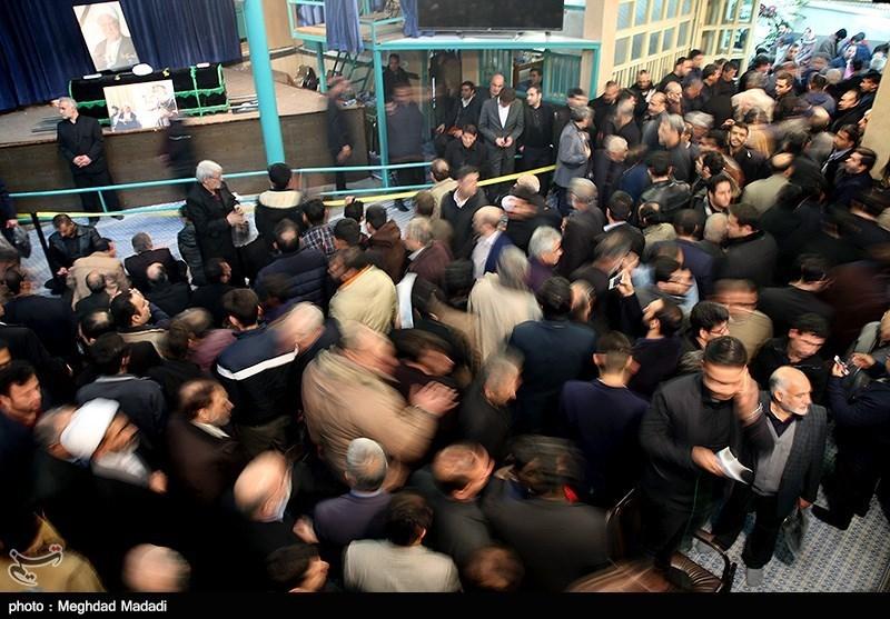 تصاویر/ وداع با پیکر آیت الله هاشمی در حسینیه جماران
