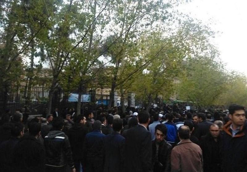 پوشش زنده/ آغاز مراسم تشییع پیکر آیتالله هاشمی رفسنجانی از دقایقی دیگر در دانشگاه تهران