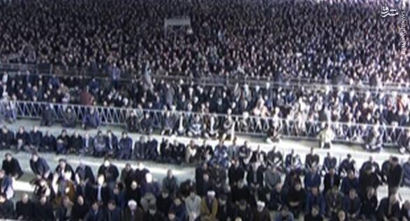 آغاز مراسم تشییع پیکر آیتالله هاشمی رفسنجانی از دقایقی دیگر/ انتقال پیکر آیتالله هاشمی به دانشگاه تهران/ اولین تصاویر از حضور گسترده مردم