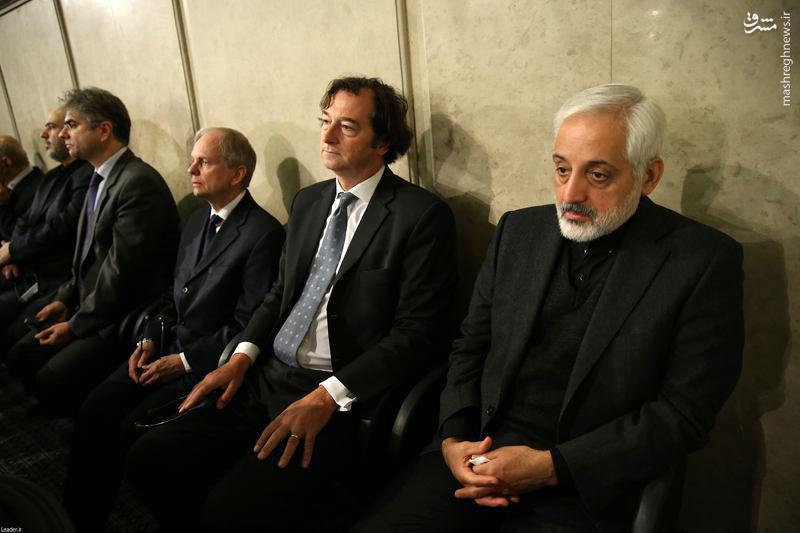 عکس/ سفیر انگلیس در مراسم ترحیم آیتالله هاشمی