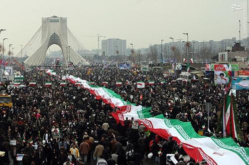 فتنه 88 مقدمه برجام و «جنبش سبز 2» در سال 96 بود/ رهبر ایران روحانی را از افتادن در دام آمریکا نجات داد/ رابطه با آمریکا یعنی آغاز یک «عصر تاریک» در ایران