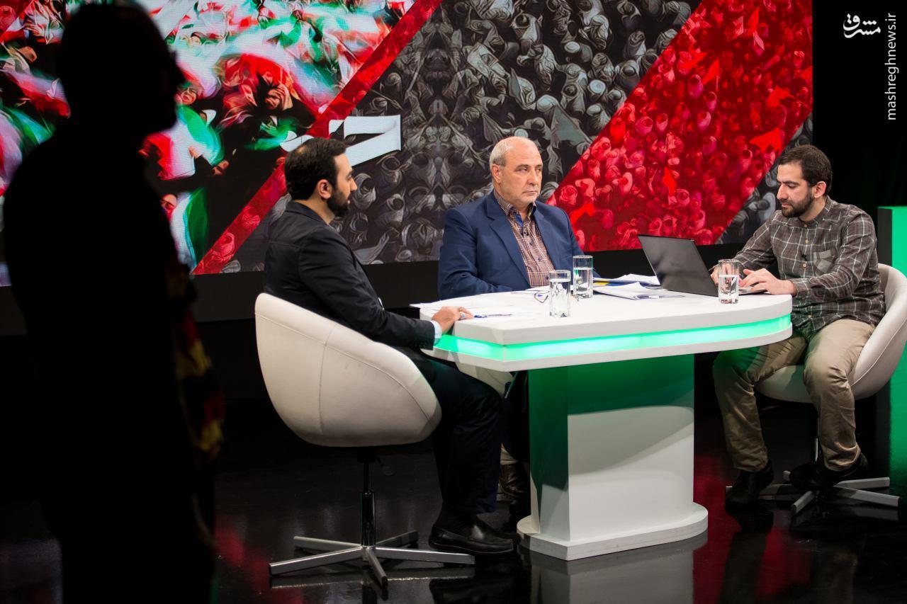شهبازی:به آقای روحانی گفتم اول خودتان اموال خود را اعلام کنید تا بقیه مسئولین یاد بگیرند!