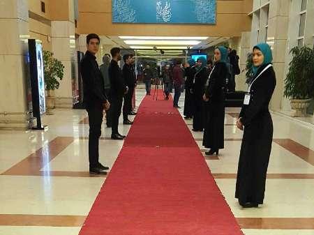فرش قرمز در برج میلاد پهن شد +عکس