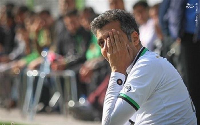 عکس/وقتی عادل یک چشمی فوتبال می بیند