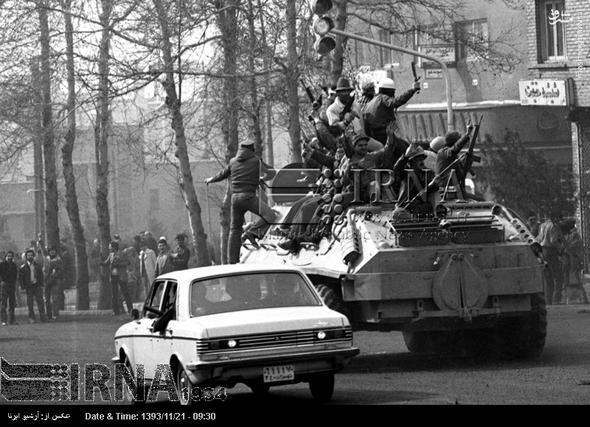 روایت خبرنگاران روزنامه «گاردین» در تهران از روزهای انقلاب(ملاحظه آقای آزاد)