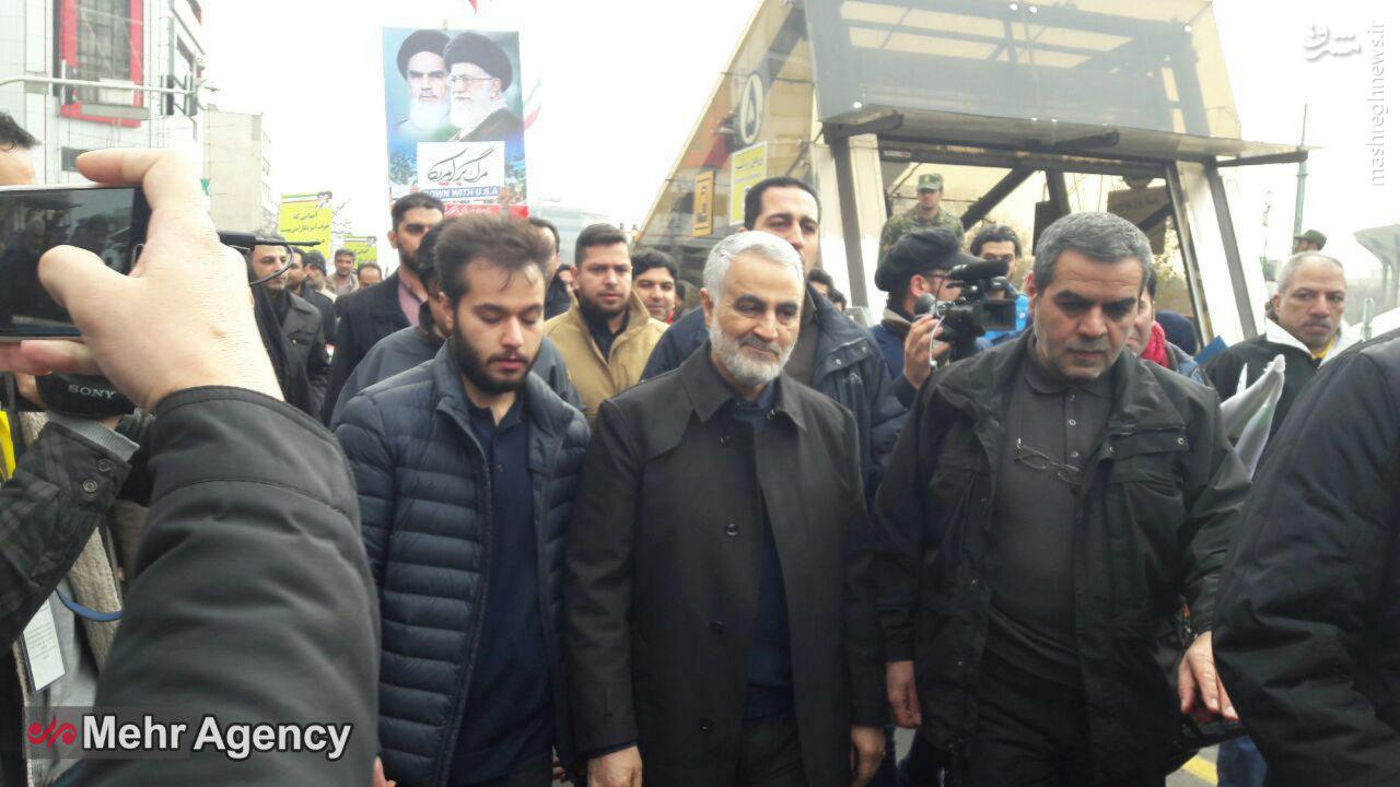 راهپیمایی یوم الله ۲۲ بهمن در تهران و سراسر کشور آغاز شد + مسیرهای ۱۰ گانه