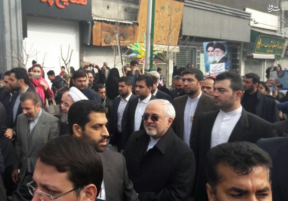 مردم پاسخ «ترامپ» را دادند/ مردم و مسئولین در کنار هم/ شعار «مرگ بر آمریکا» در بزرگترین تجمع سالیانه ایرانیان +عکس و فیلم