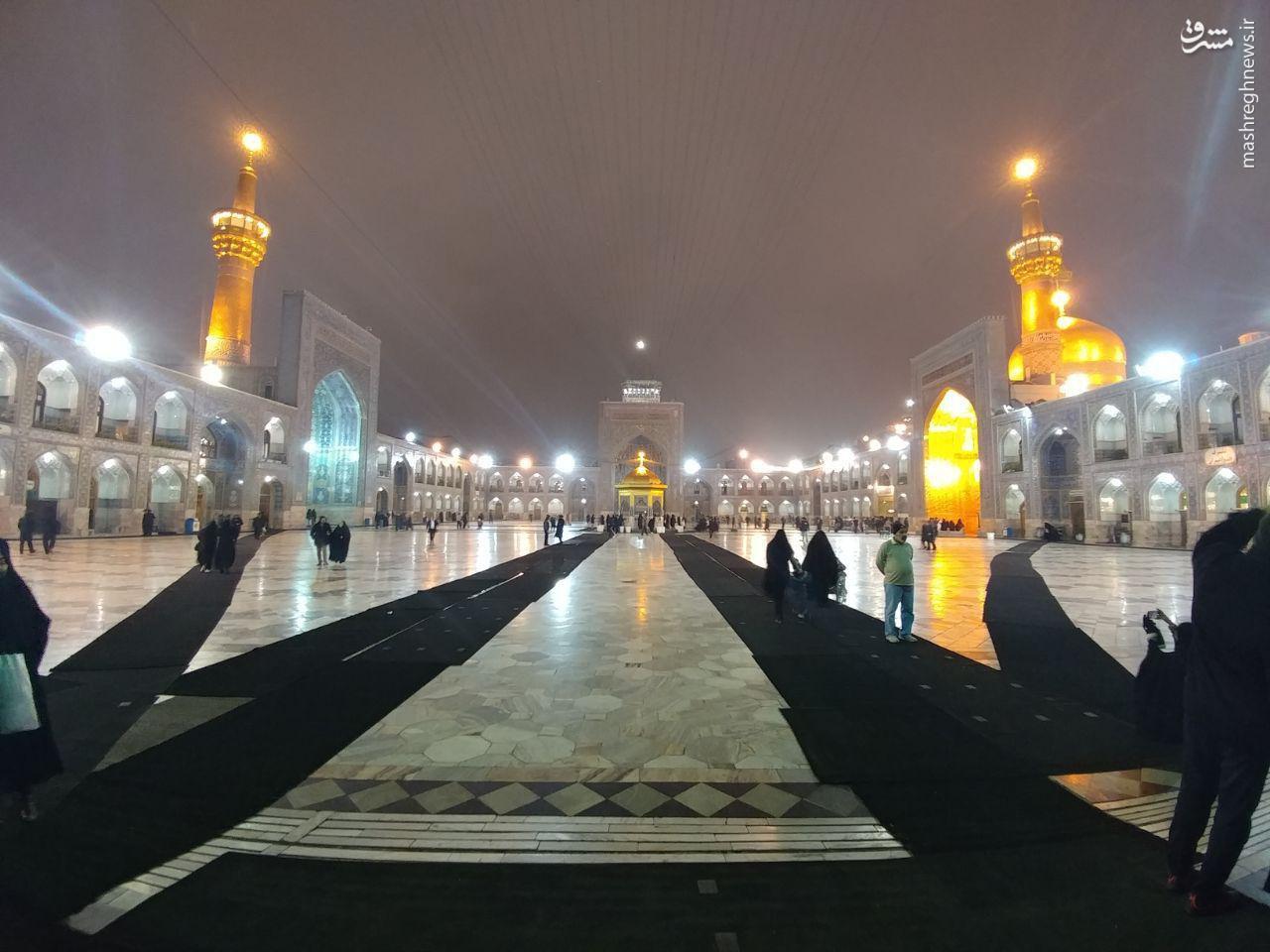 تصویری زیبا از حرم بارانی امام رضا علیه السلام