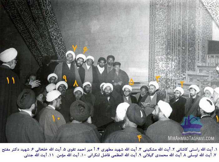 عکس/ سخنرانی رهبر انقلاب در تحصن 8 بهمن 57