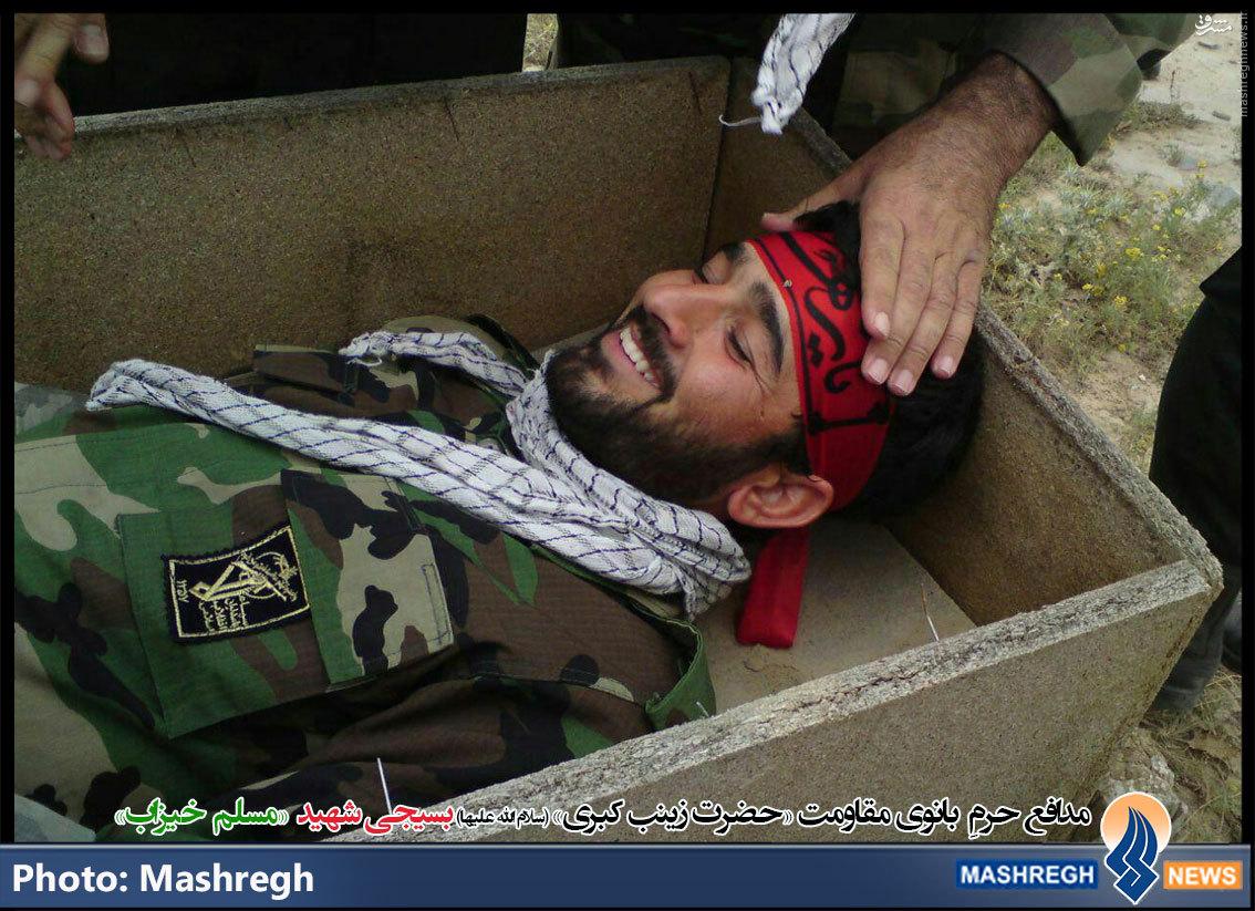 عکس/ خنده «مدافع حرم» در تابوت