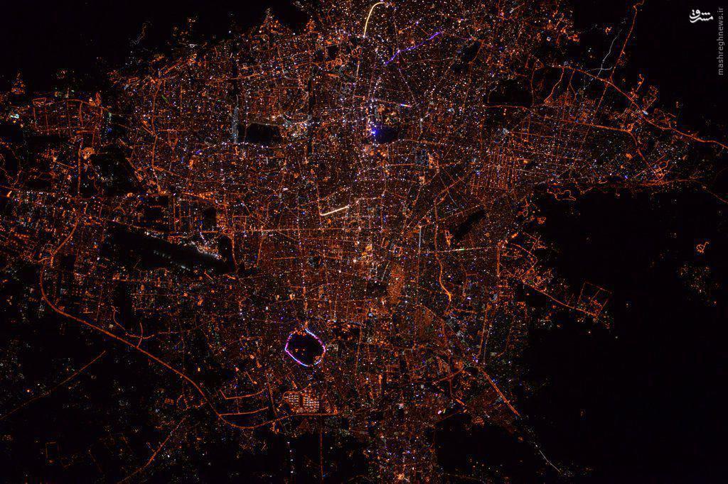 عکس فضانورد آمریکایی از تهران