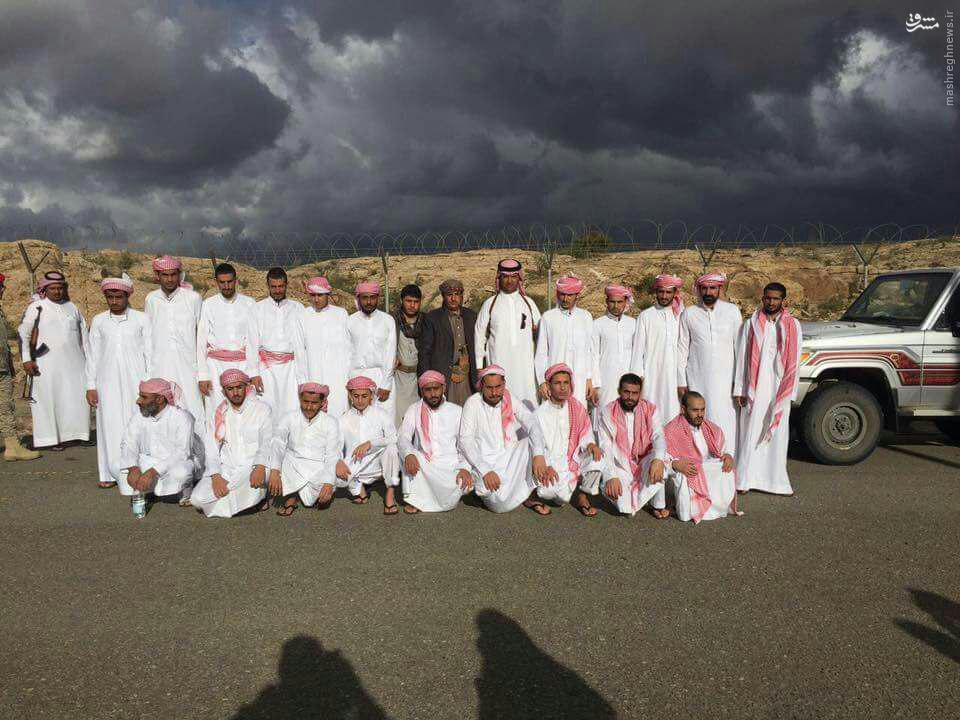 تحویل 40 اسیر سعودی از سوی انصارلله یمن+عکس