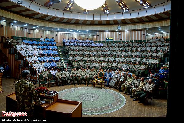 عکس/ نظم ارتشی در دافوس
