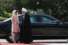 عکس/ استقبال رسمی دکتر روحانی از خانم رییس جمهور