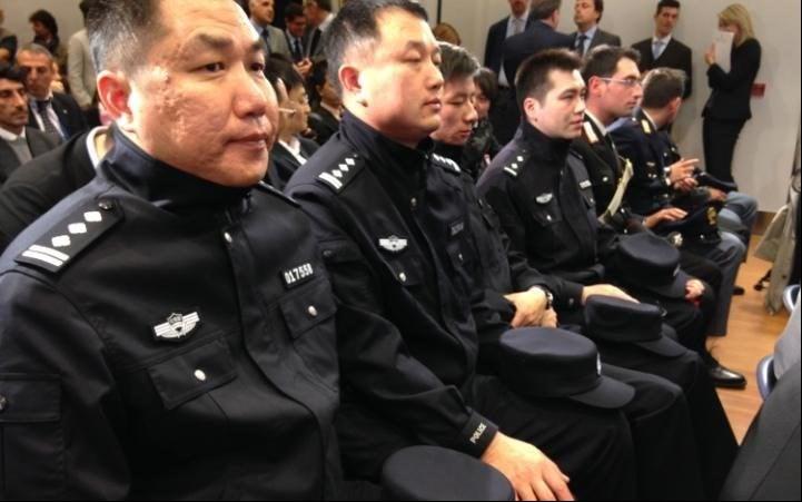 صادرات پلیس چینی به سرزمین «مارکو پولو» + تصاویر
