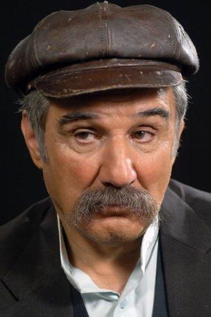 مهدی هاشمی «خان بزرگ» یک ده خیالی +عکس