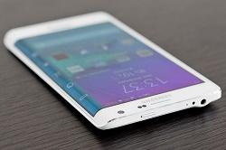 هواوی و شیائومی گوشیهایی با نمایشگر خمیده میسازند