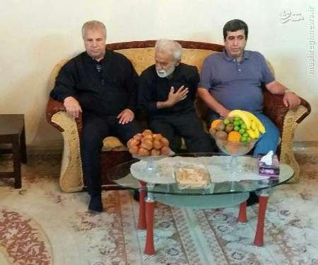 علي پروين بر سر مزار مهرداد اولادي +عکس