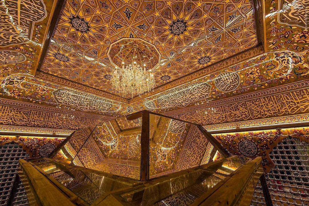 عکس/ نمایی از داخل ضریح حضرت عباس(ع)