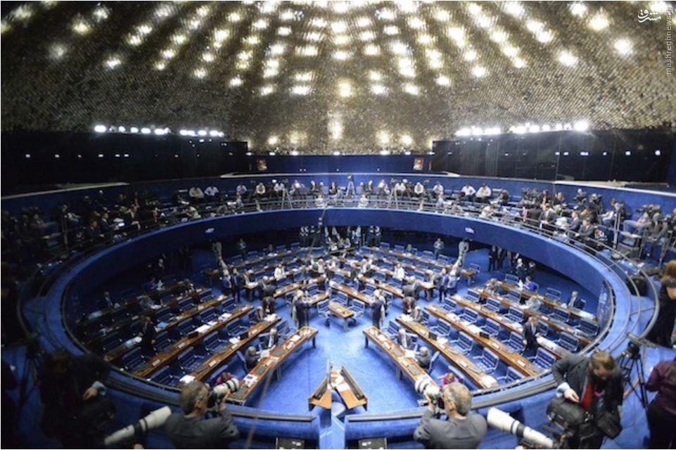180 روز تعلیق و محاکمه برای روسف