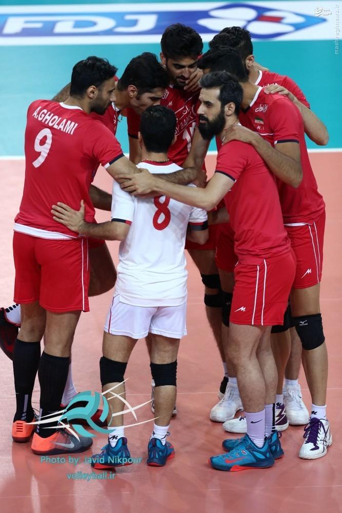 عکس/ حلقه اتحاد والیبالیست های ایران