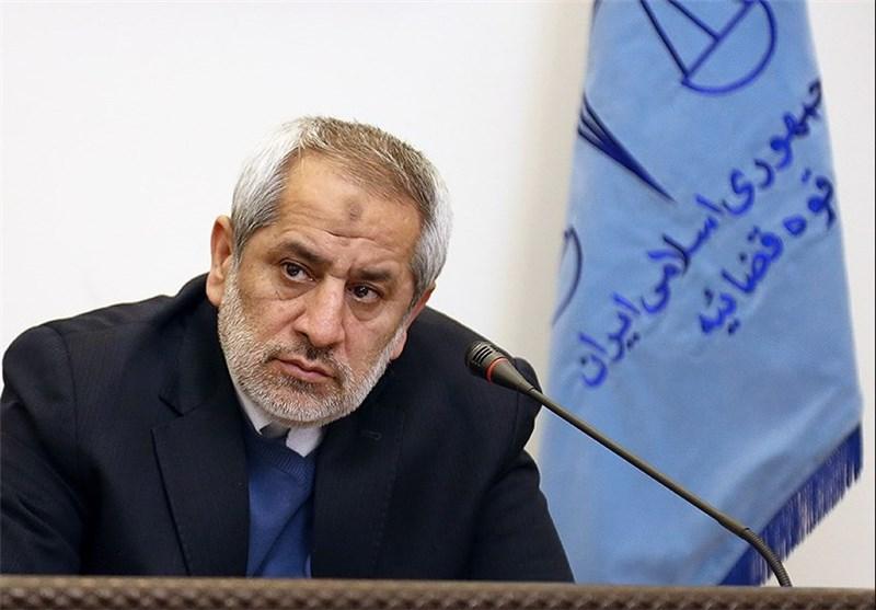 دعوت مینو خالقی به دادستانی تهران برای ادای توضیحات درباره انتشار تصاویرخصوصی