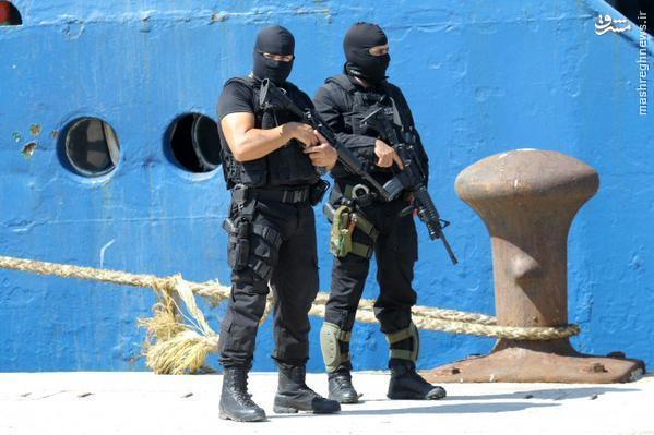 توقیف کشتی حامل سلاح تروریستها در یونان+عکس