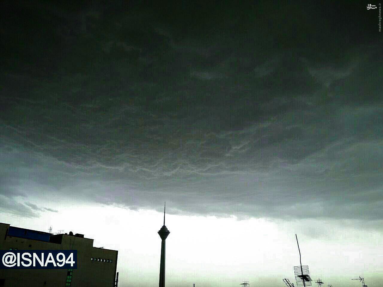 عکس/ آسمان طوفانی عصر امروز در تهران