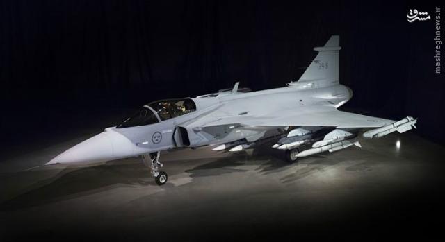 عکس/ رونمایی از مدل جدید جنگنده گریپین