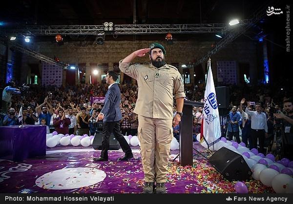 عکس/ تقدیر از پسر شهید ناظری در دکتر سلام