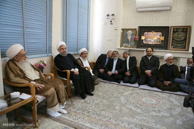 رئیسجمهور با ۳ مرجع تقلید دیدار کرد