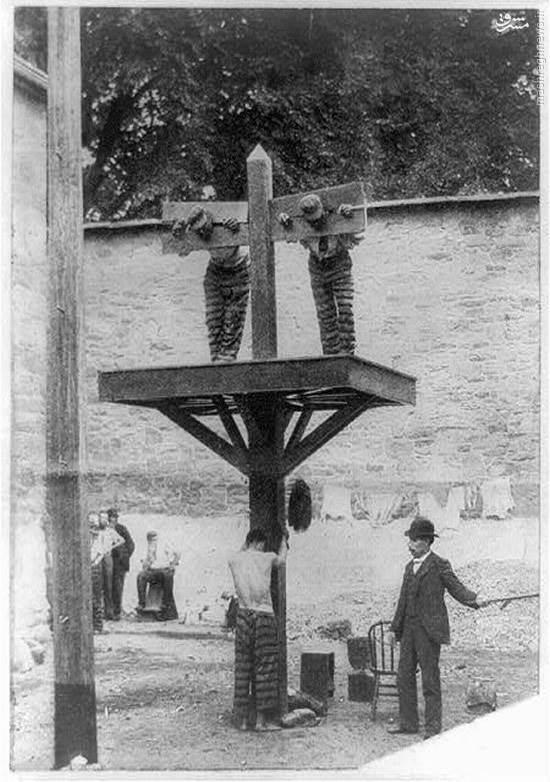 عکس/ نحوه شکنجه زندانیان یک قرن قبل آمریکا