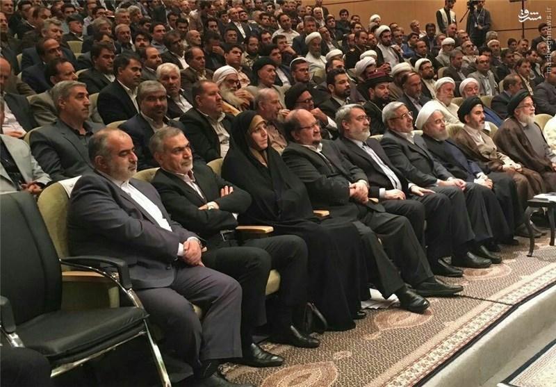 حضور مجدد «فریدون» در کنار رئیسجمهور+ عکس