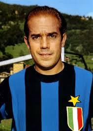 گرانترین بازیکن نیم قرن پیش دنیای فوتبال با رکوردهایی منحصر به فرد +عکس