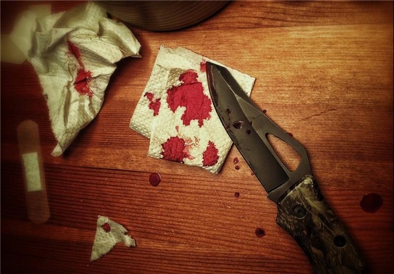 مرد خشن، مادر و خواهرش را با ضربات چاقو از پای درآورد