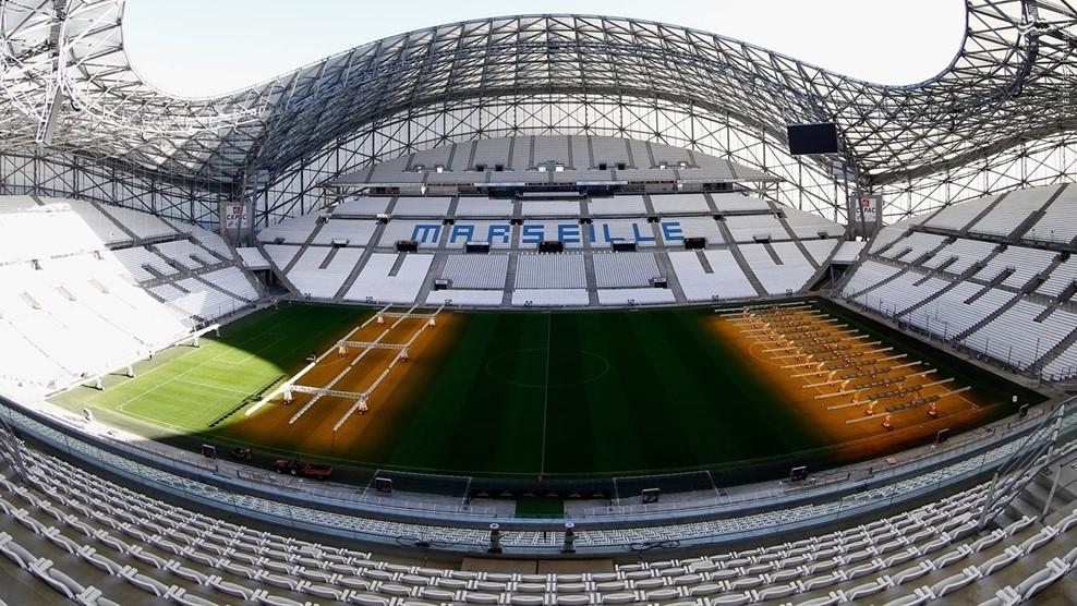 مارسی : ورزشگاه ولودروم ظرفیت: ۶۷٬۵۰۰