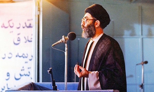 سخنرانی تحلیلی حضرت آیتالله خامنهای درباره قیام پانزده خرداد