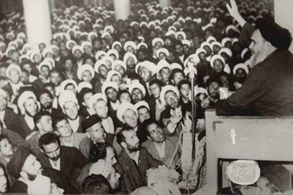 گذری بر قیام ۱۵ خرداد