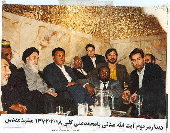 عکس/ محمد علی کلی در دیدار با مرحوم آیت الله مدنی