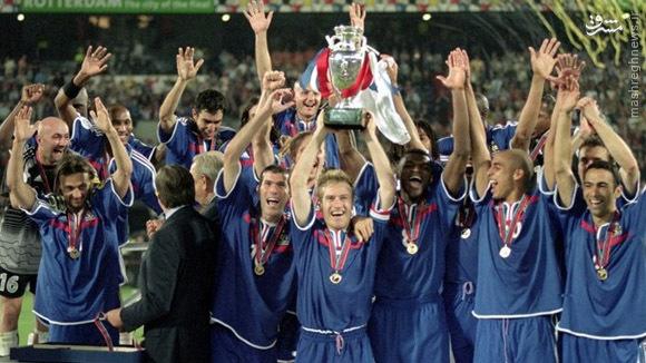 تاریخچه بازیهای یورو 2000