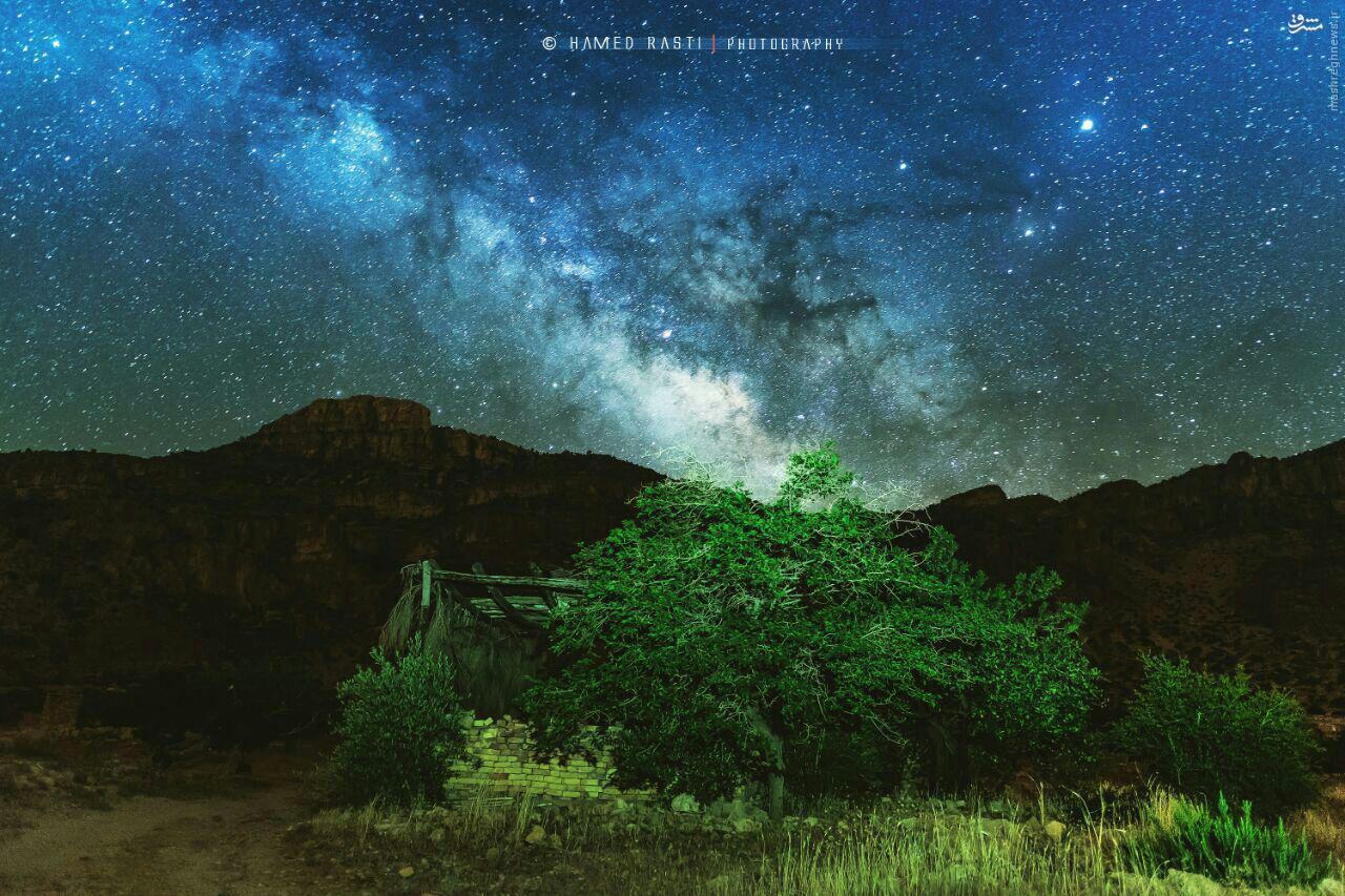 عکس/ طلوع کهکشان راه شیری در دره پلنگان