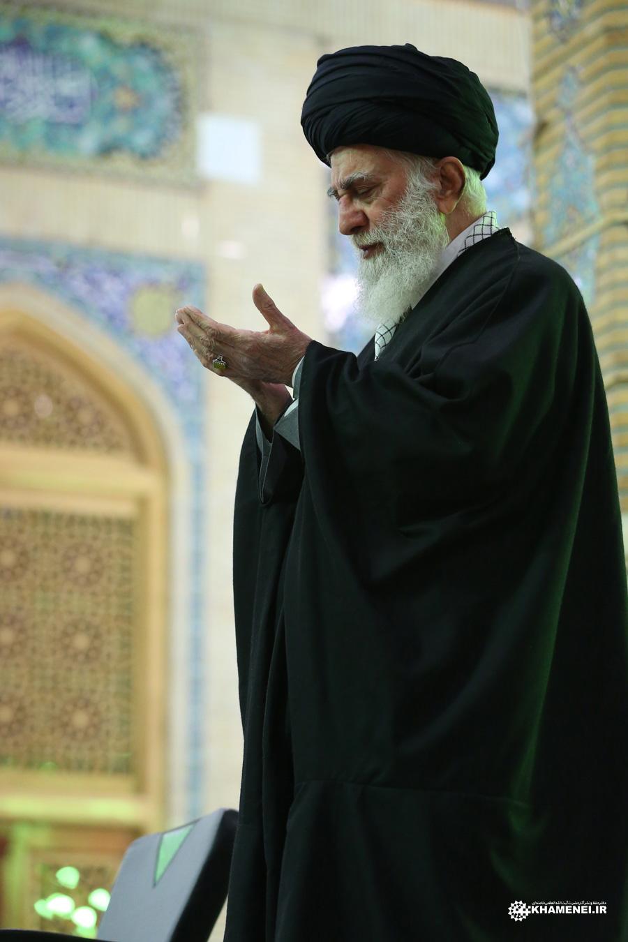 بیانات منتشرنشده رهبری درباره ولادت حضرت بقیةالله(عج)