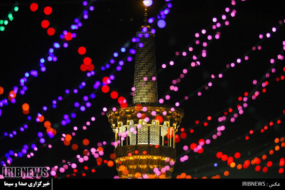 نصاویر/ چراغانی حرم امام رضا (ع) در شب نیمه شعبان