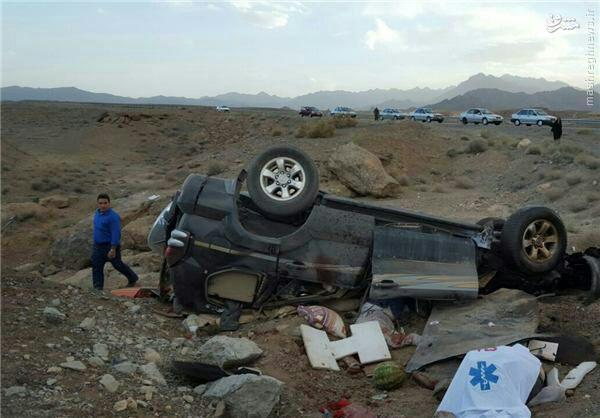 عکس/ واژگونی پرادو با 3 کشته