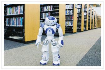 روبات كتابدار از همه كتابهايش خبر دارد