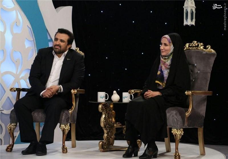 حضور حسینیبای با همسرش در تلویزیون +عکس